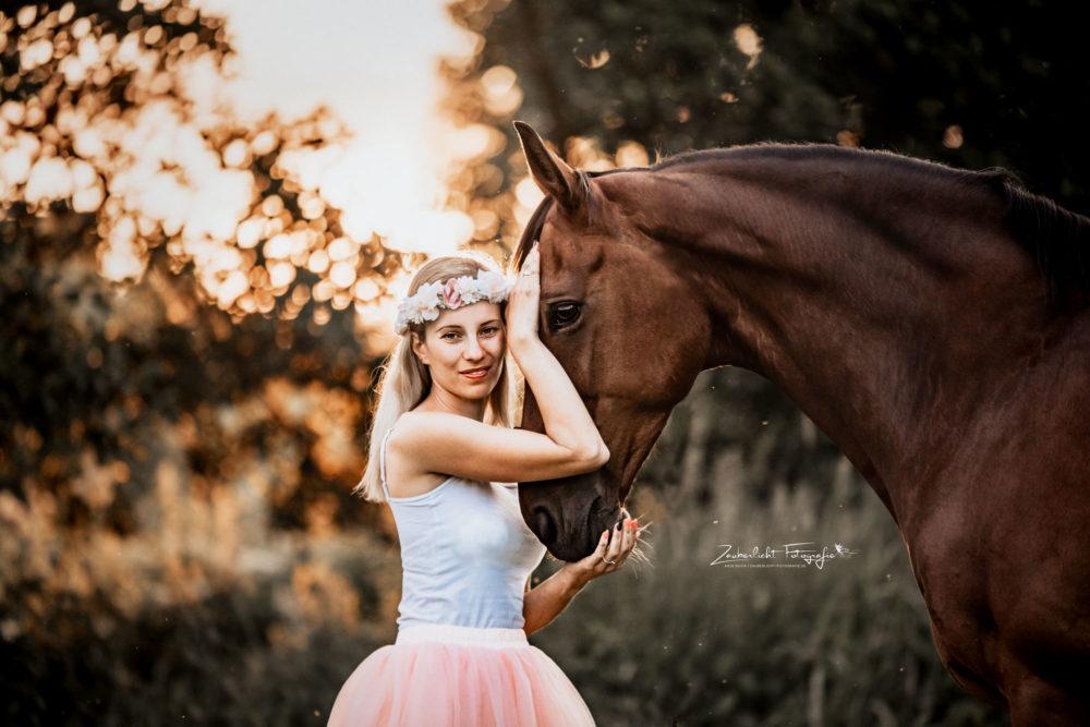 Pferd und Ballerina